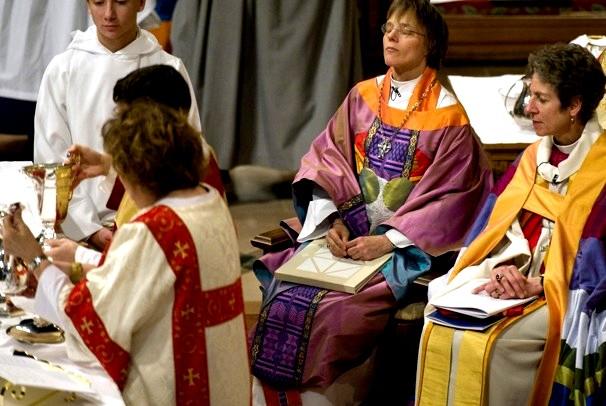 Cuáles son las características de los episcopalianos? - El Teólogo Responde  - IVE-