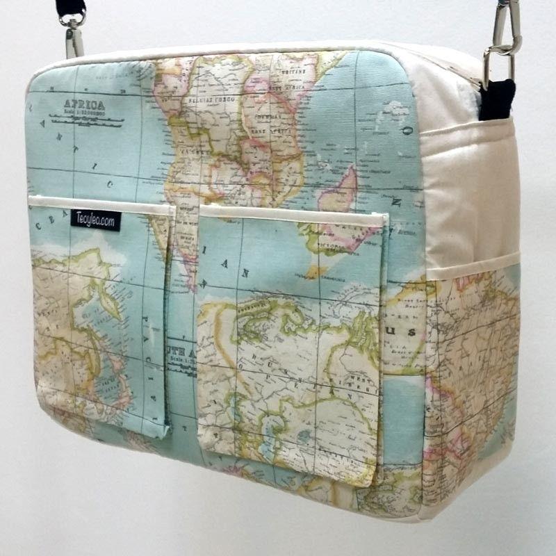 Bolso carrito bebe con divertido estampado de mapas del mundo