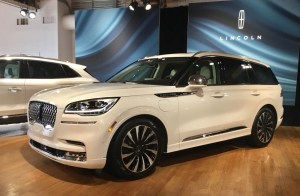 New Lincoln Corsair Grand Touring Hybrid Suv Redesign 2
