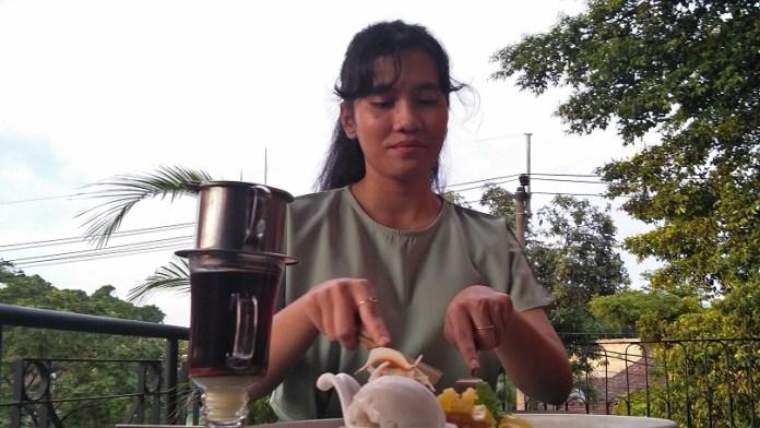 mencicipi-hidangan-penutup-khas-indochina-di-jantung-kota-malang