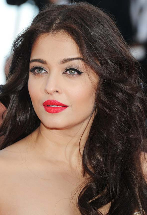 Aishwarya_Rai_loose_locks