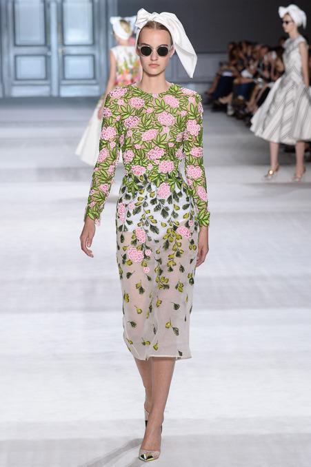 giambattista-valli-couture-fall-2014-12_163915207167