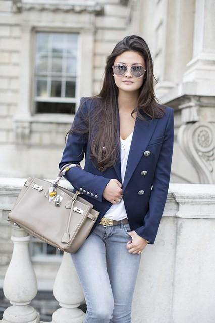 Peony Lim Vogue-15Sept14-Dvora_b_426x639