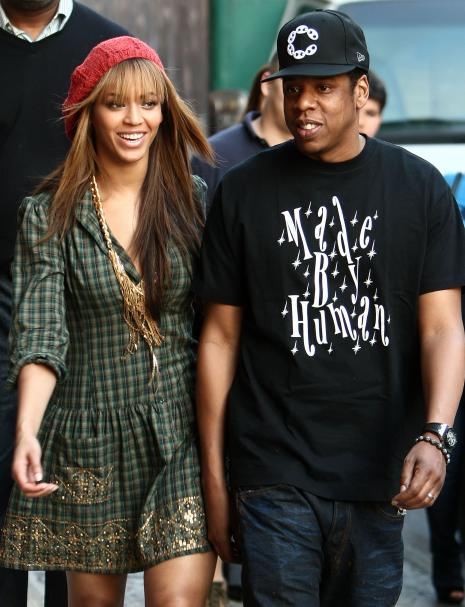 beyonce-and-jay-z-in-soho_465x607