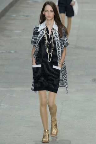chanel-2015-spring-summer-runway52