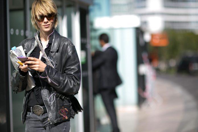 paris fashion week street style day 1 september 2015 the impression 005