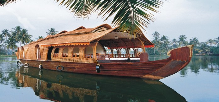Best-Holiday-Places-to-Vist-This-Summer-kerala