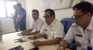 Kepala Badan Narkotika Nasional Provinsi (BNNP) Lampung, Brigjen Pol Tagam Sinaga saat berikan keterangan terkait hasil pemeriksaan tersangka Kepala Lapas kelas II A Kalianda, Lampung Selatan (non aktif), Muchklis Adjie di kantor BNNP Lampung, Kamis 24 Mei 2018.