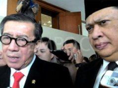 Menteri Hukum dan HAM Yasonna Laoly bersama Ketua DPR Bambang Soesatyo diwawancara usai sidang paripurna pengesahan RUU Antitetorisme di Gedung DPR, Jakarta, 25 Mei 2018. TEMPO/Rezki Alvionitasari.