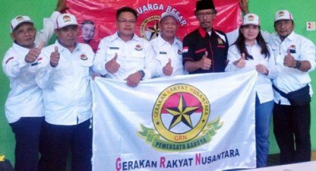 Ketua umum (Ketum) DPP Gerakan Rakyat Nusantara (GRN), R Juniono Suhartjahjono bersama para pengurus GRN Lampung yang baru saja dilantik, Sabtu (9 Juni 2018).