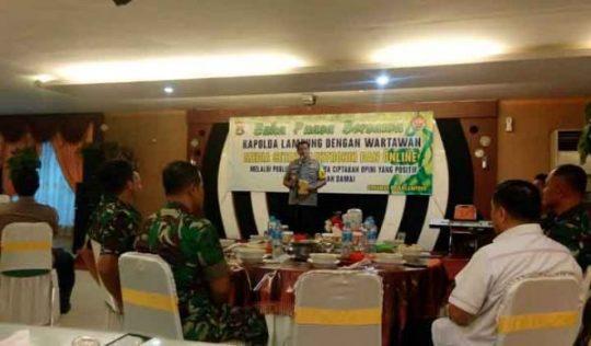 Kapolda Lampung Irjen Pol Purwadi Aryanto pada acara buka puasa bersama dengan para wartawan. Rabu petang, 29 Mei 2019.
