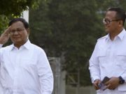 Prabowo Subiato & Edi Prabowo tiba di Komplek Istana Kepresidenan, Jakarta, Senin 21 Oktober 2019. TEMPO/Subekti.