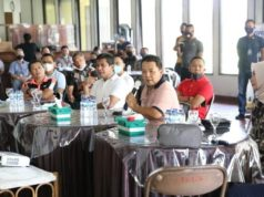 Gubernur Arinal dalam pertemuan dengan Dirut PT Pelindo II atau IPC Cabang Panjang Arif Suhartono di Lapangan Golf Sukarame, Bandarlampung, Jumat (26/6/2020).
