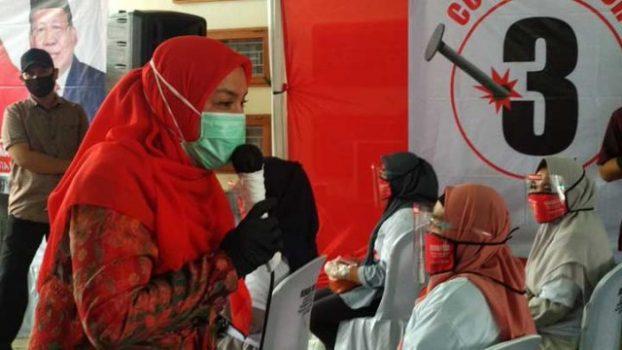 Eva Dwiana kampanye tatap muka di jalan Morotai Gang M. Saleh, Kelurahan Jagabaya III, Kecamatan Sukarame.