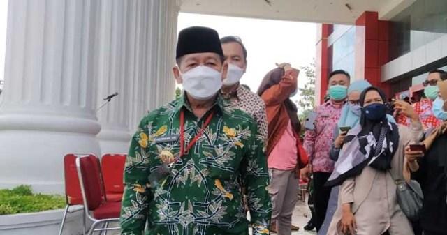 Walikota Herman HN menjelaskan soal distribusi vaksi Covid-19 di Bandarlampung, Jumat (15/1/2020).