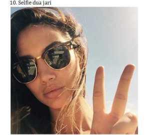 10 Selfie Dua Jari