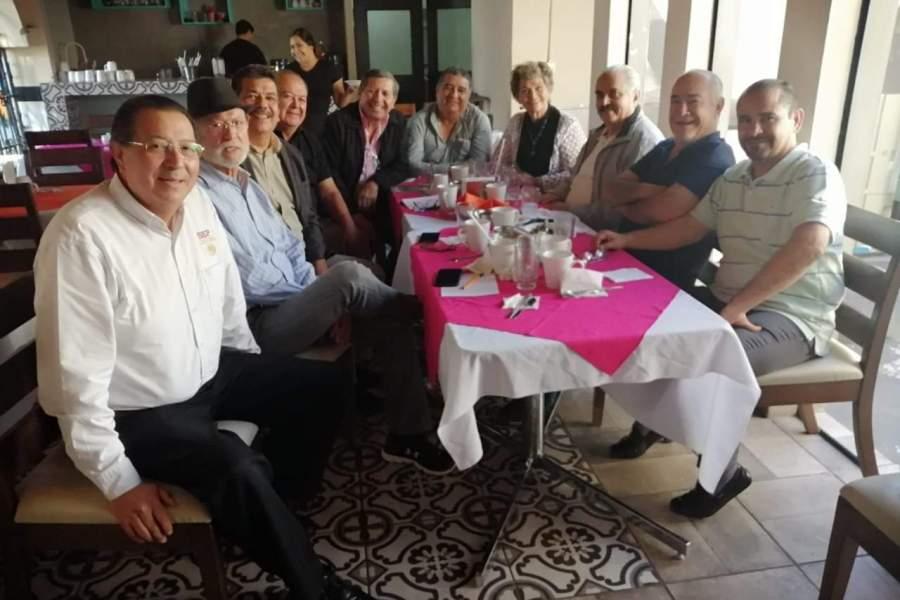 Se unen ex dirigentes de la Sección 53 del SNTE  a movimiento Creo 53 y Claudio 53