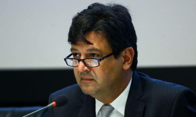 O ex-ministro da Saúde, Luiz Henrique Mandetta participa da live nesta quarta-feira