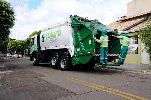 Coleta de lixo e outros serviços essenciais serão mantidos durante quarentena