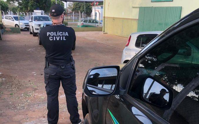 Polícia Civil prende casal que vendia drogas no Zé Pereira