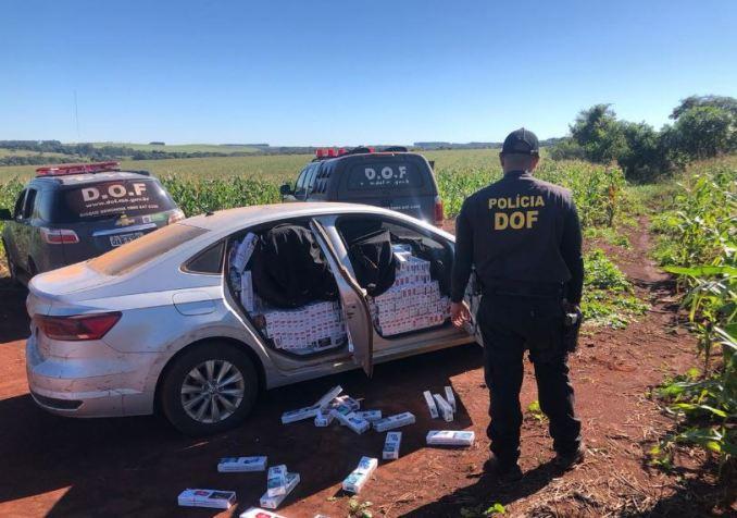 Operação Hórus: Veículo carregado com 2 mil pacotes de cigarros contrabandeados foi apreendido pelo DOF