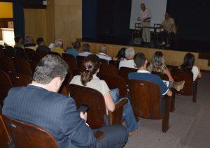 Representantes de entidades rurais e do poder público debatem geração de renda e fortalecimento da economia do município em reunião do Conselho de Desenvolvimento Rural.