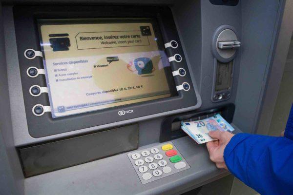 Truffa Bancomat Unicredit Carte Di Credito Clonate Come