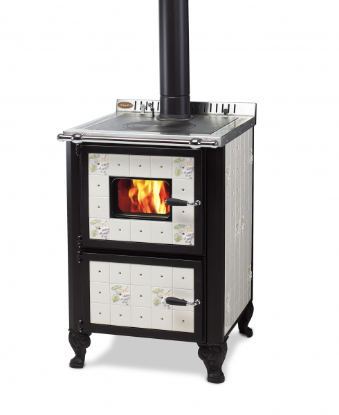 Cucina A Legna Wekos Modello 601 Con Forno Rustica Serenella