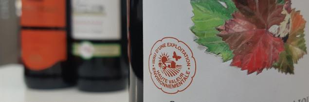 « À l'instar du crédit d'impôt en faveur de l'agriculture biologique, ce crédit d'impôt devrait permettre ainsi un équilibre entre les contraintes budgétaires de l'État et la nécessité d'envoyer un signal positif à une profession dont les conditions d'exercice sont de plus en plus difficiles » plaident les députés signataires.