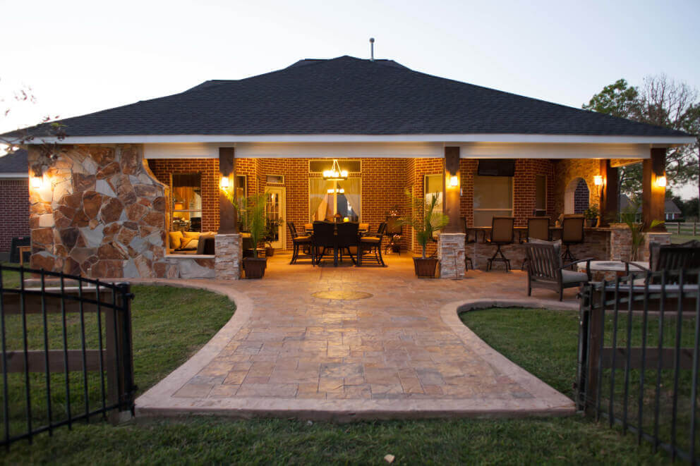 Small Outdoor Living Space Ideas