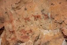 Cada mineral, típico de cada época, possui uma coloração diferente