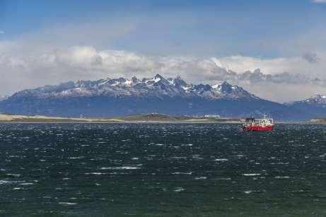 Navio no Canal de Beagle, Ushuaia