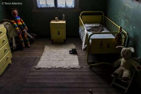 Brinquedos que foram deixados em Humberstone. Um pouco assustadores, não?