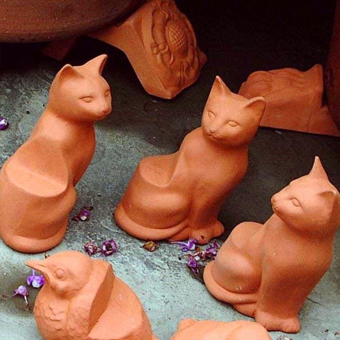 Pot Feet  Cat Design  Terracottaukcom  Handmade UK