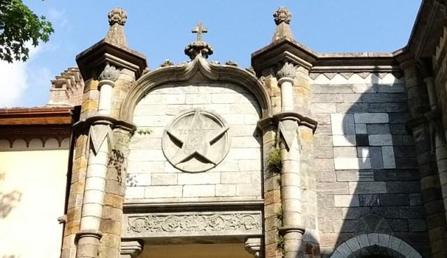 rosazza esoterica simboli stella e croce