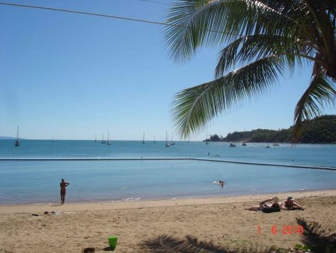 Magnetic-Island-HorseShoe-Bay a suburb of tropical Townsville