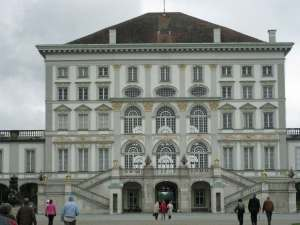 Nymphenburg-Palace---Centra