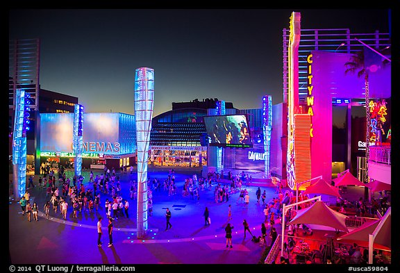 PicturePhoto Universal Citywalk Entertainment And Retail