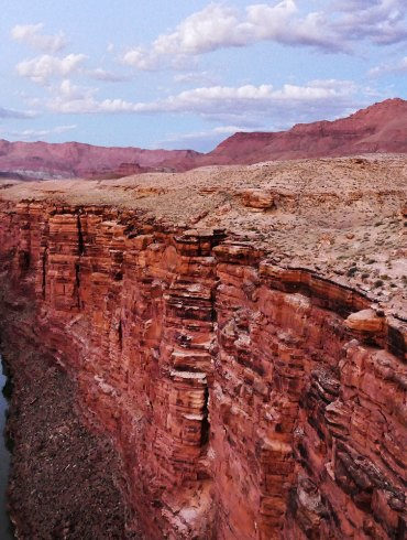 Six Desert Poems by David Hinton