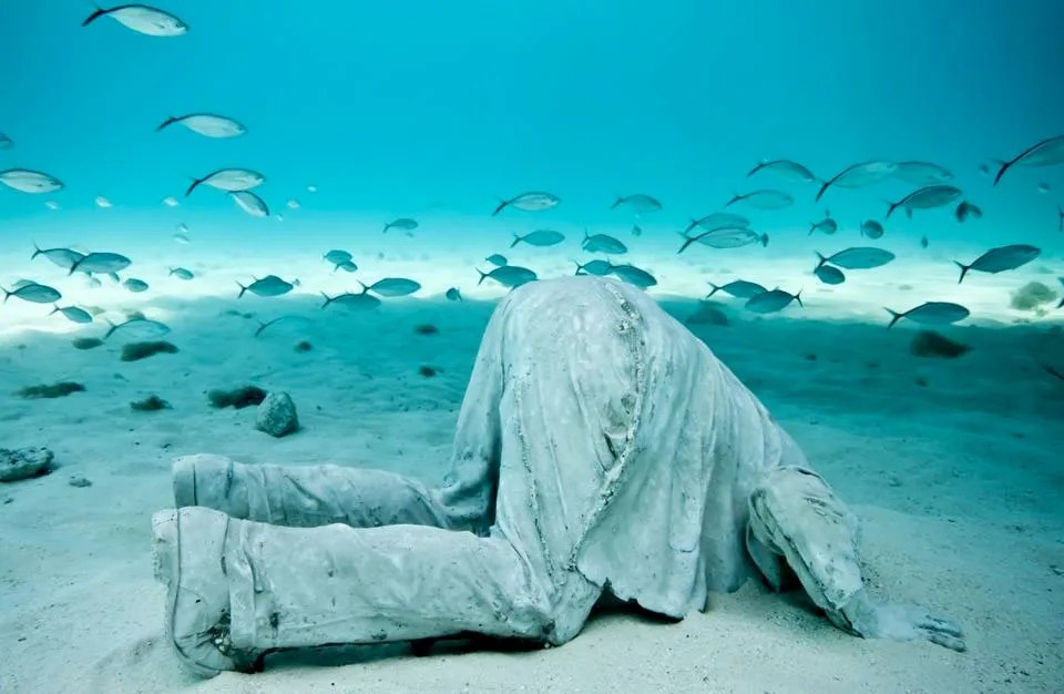 """""""Banker"""" by Jason deCaires Taylor"""