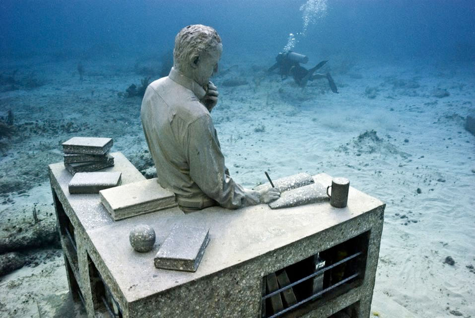 """""""Dream Collector"""" by Jason deCaires Taylor"""