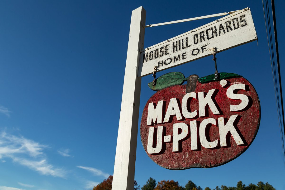 Sign: Mack's U-Pick