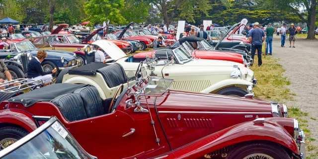 Concentración de coches clásicos.