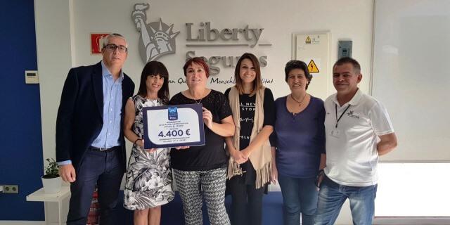 Entrega en Fuerteventura del premio al Acompañante Solidario otorgado a la Asociación Fuerteventura contra el Cáncer