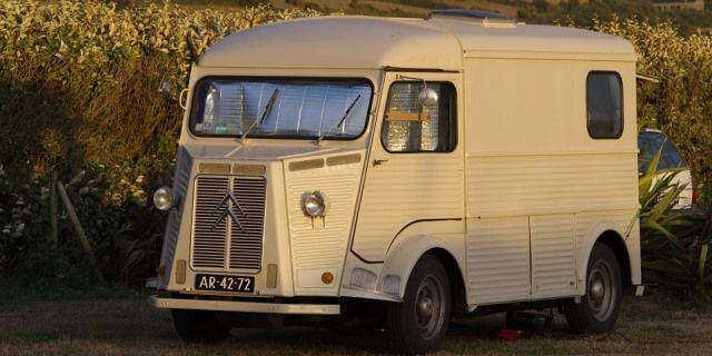 La Citröen H es una de las furgonetas clásicas que repasamos.