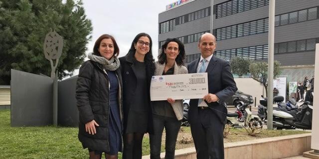 Los trabajadores de zurich que han hecho voluntariado donan 30 mil euros al centro de tratamiento del cáncer infantil san juan de dios