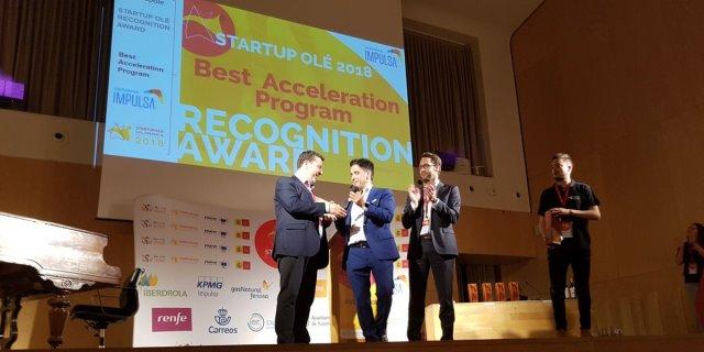 SANTALUCÍA recibe el premio a Mejor Aceleradora de startups en la IV Edición de Startup Olé