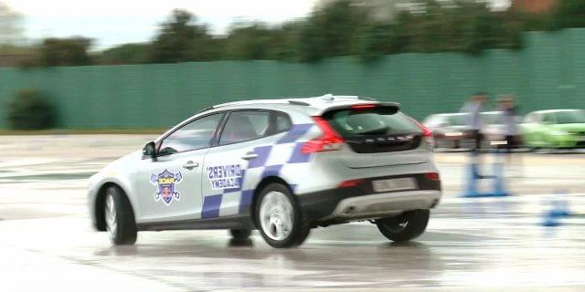 PRACTICA MUJERES EMPRESARIAS EN EL CIRCUITO DEL RACE RED BULL DRIVERS ACADEMY