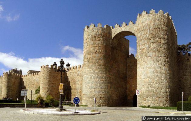 La Muralla de Ávila - Historia y Secretos