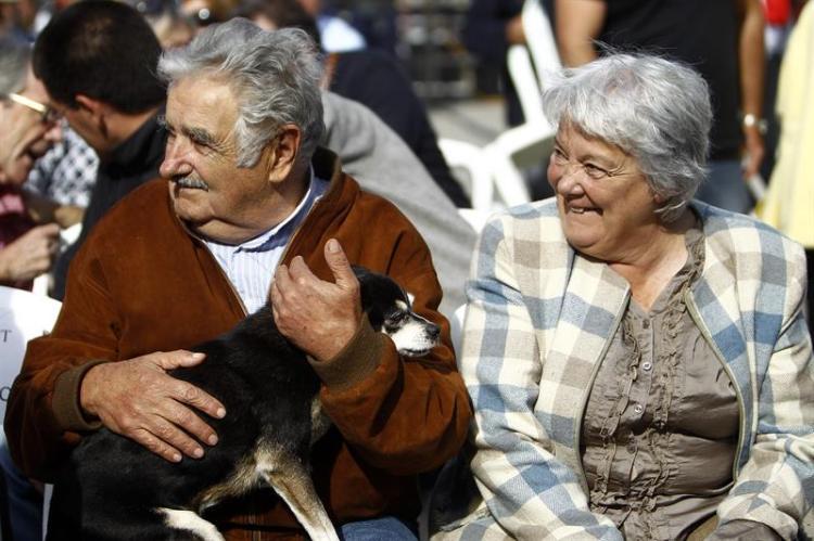 Mujica: «I veri poveri? Sono quelli che hanno bisogno di molto» - Terra  Nuova